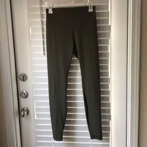 Pants - Lululemon leggings - Wonder Under High Rise Tight